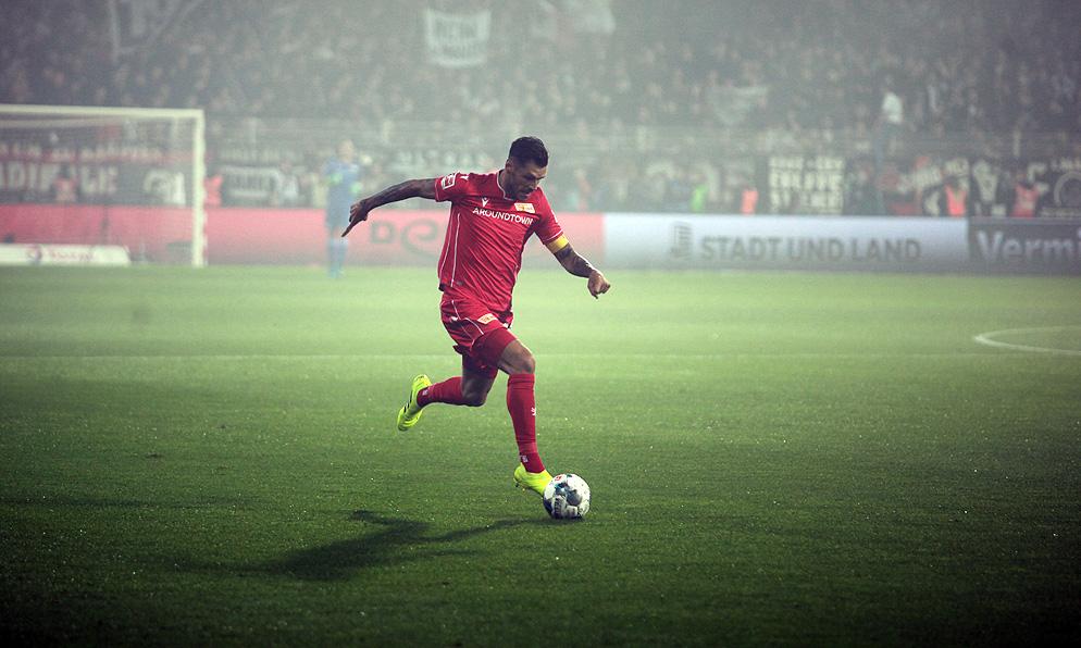 Christopher Trimmel im Spiel gegen Eintracht Frankfurt, Foto: Tobi/unveu.de