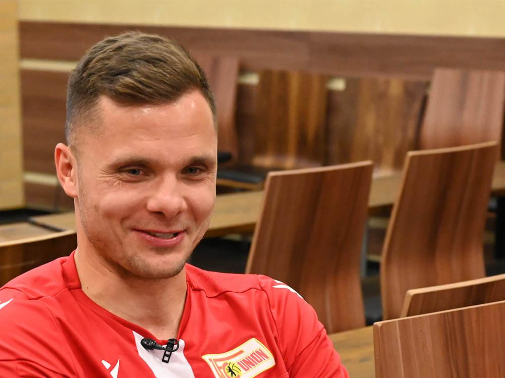 Union-Torhüter Rafal Gikiewicz im Pressegspräch.