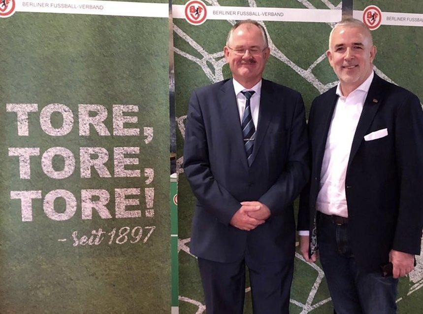 Bernd Schultz (BFV) und Dirk Zingler (1. FC Union Berlin) beim Neujahrsempfang des Berliner Fußballverbands, Foto: @fcunion