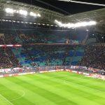 Der Gästeblock im Zentralstadion füllt sich kurz vor Anpfiff, Foto: MC Lücke