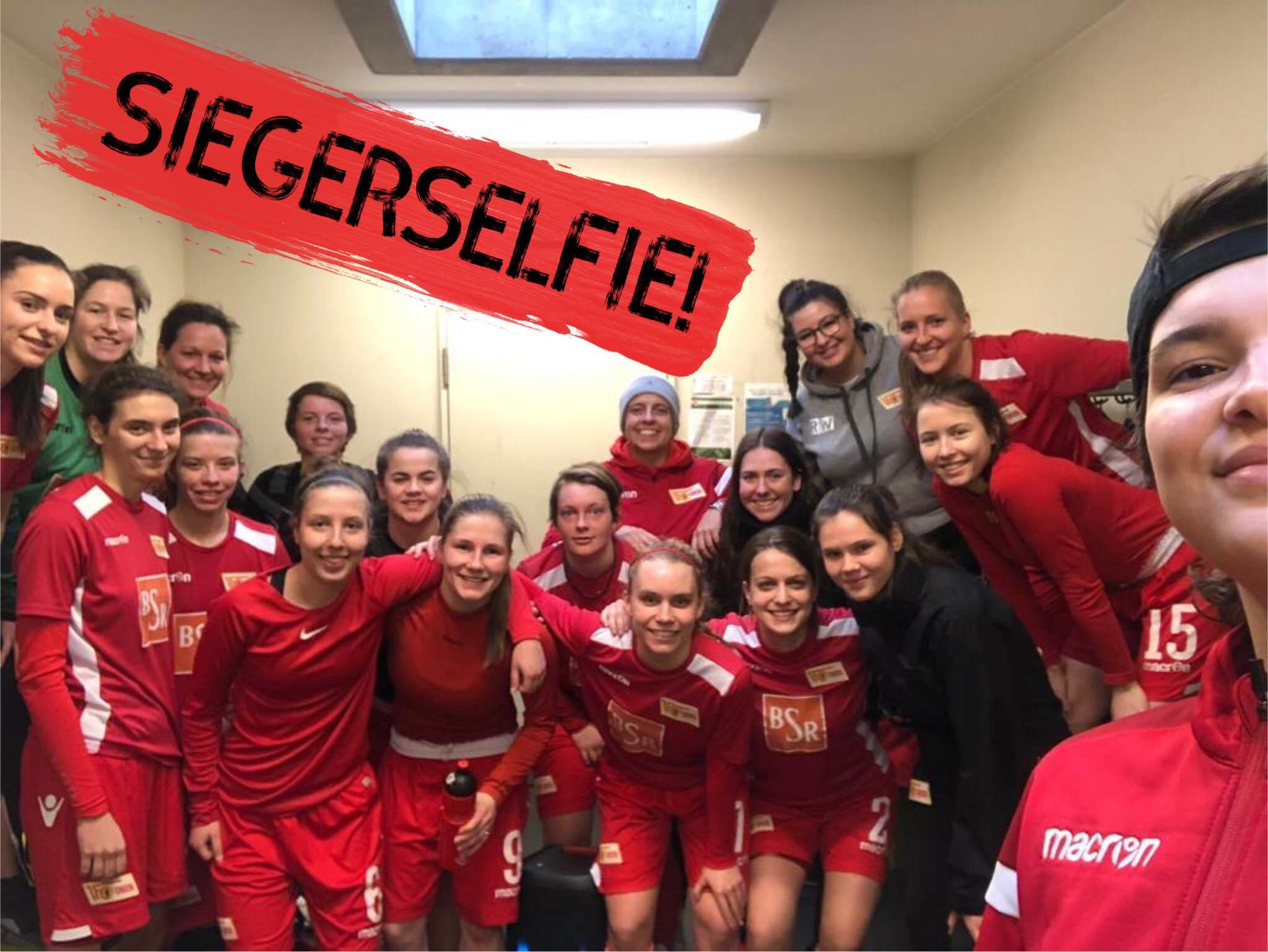 Siegerselfie nach dem 5:0 der zweiten Mannschaft gegen den FC Internationale, Foto via Hauptstadtarroganz
