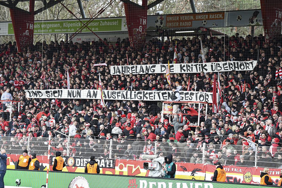 Kritik am DFB, Foto: Stefanie Fiebrig