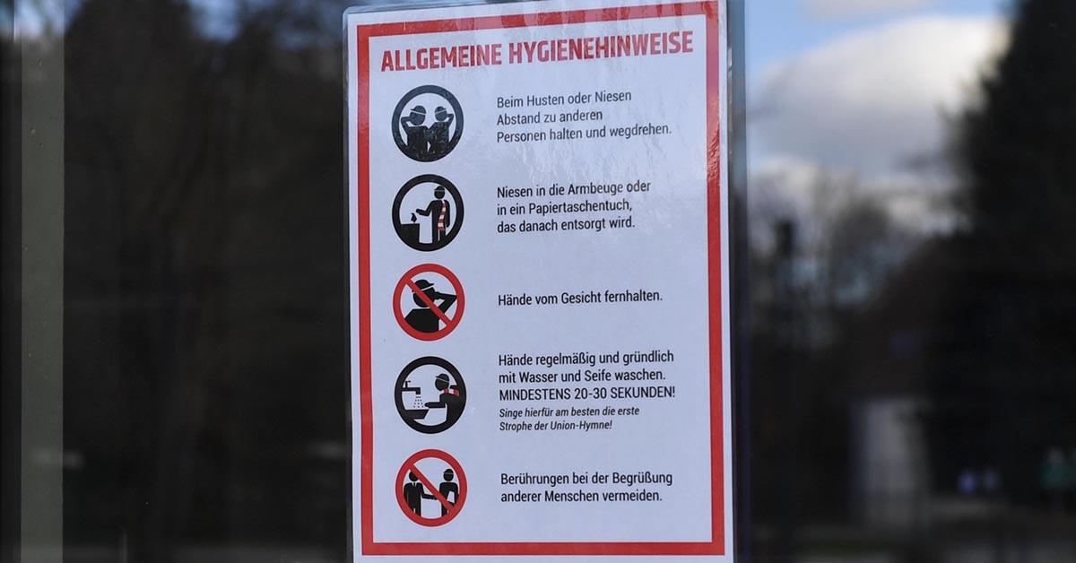 Hygiene-Hinweise am Stadion an der Alten Försterei, Foto: Matze Koch