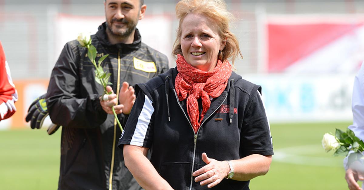 Susi Kopplin beim Abschied der U23 des 1. FC Union Berlin im Mai 2015, Foto: Stefanie Fiebrig
