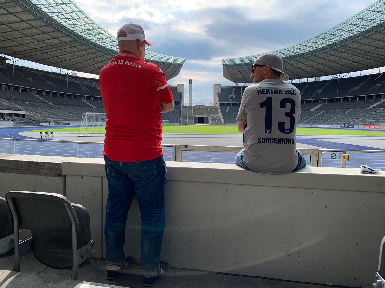 Andi und Matthias im Olympiastadion, Foto via @aro_conaro