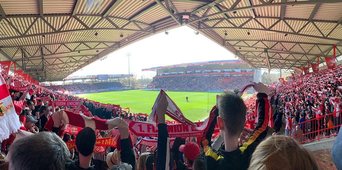 Blick von der alten Anzeigetafel in das Stadion an der Alten Försterei, Foto: Sebastian Fiebrig